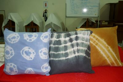 tie&dye cushion